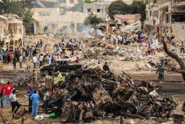 topshot-somalia-bombing-