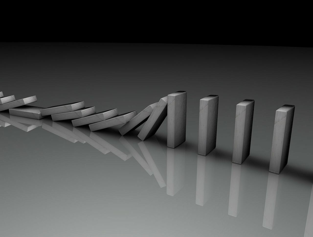 dominos falling