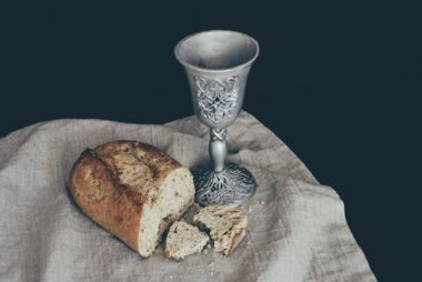 Communion-Pixabay Hudsoncrafted